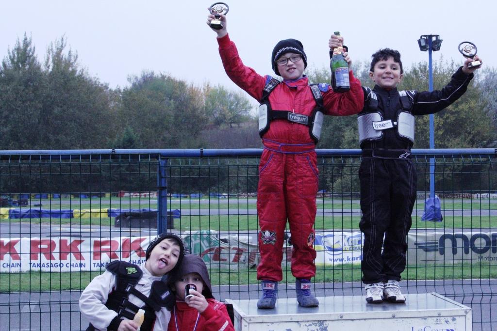 13-11-17 podium (1) (1024x683)